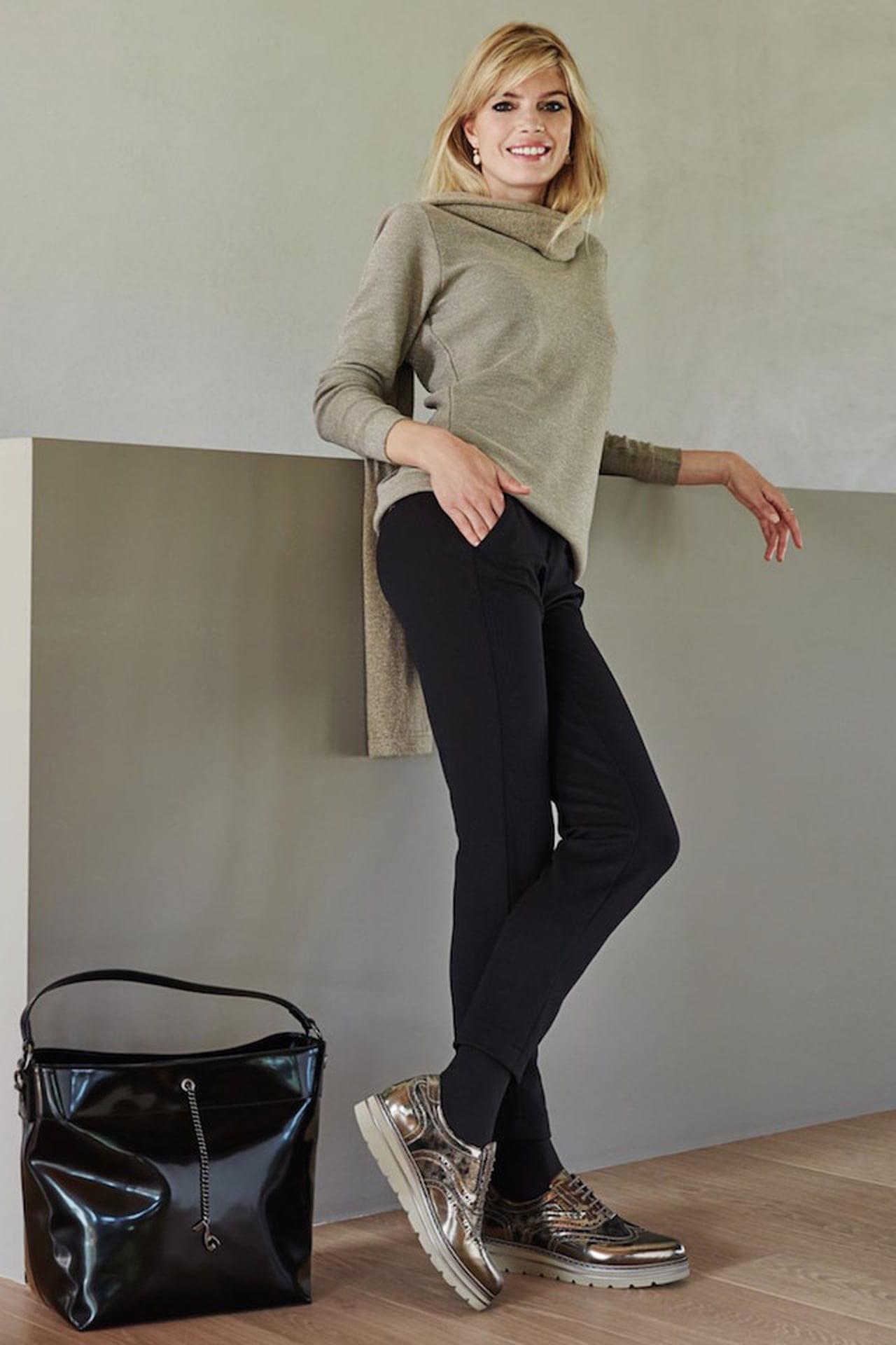 new concept dad03 fdaf6 Francesine basse: abbinare la scarpa di stagione