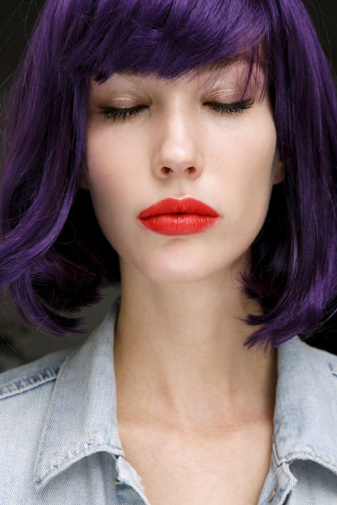 Come Creare Il Viola capelli viola: come farli? - magazine delle donne