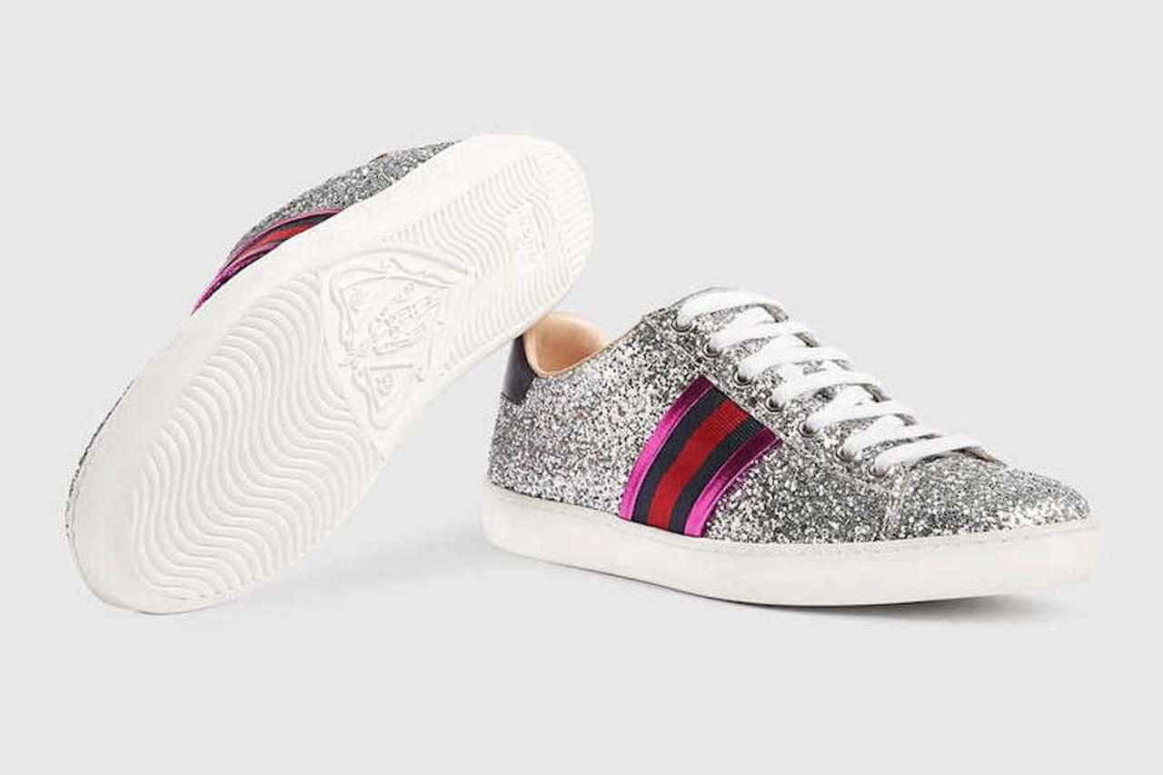 La sneaker bassa Ace glitter di Gucci assicura un pieno di luminosità super  hip. © Gucci 940affeb8cb