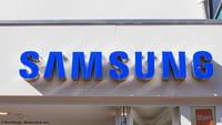 Samsung brevetto smartphone olografico