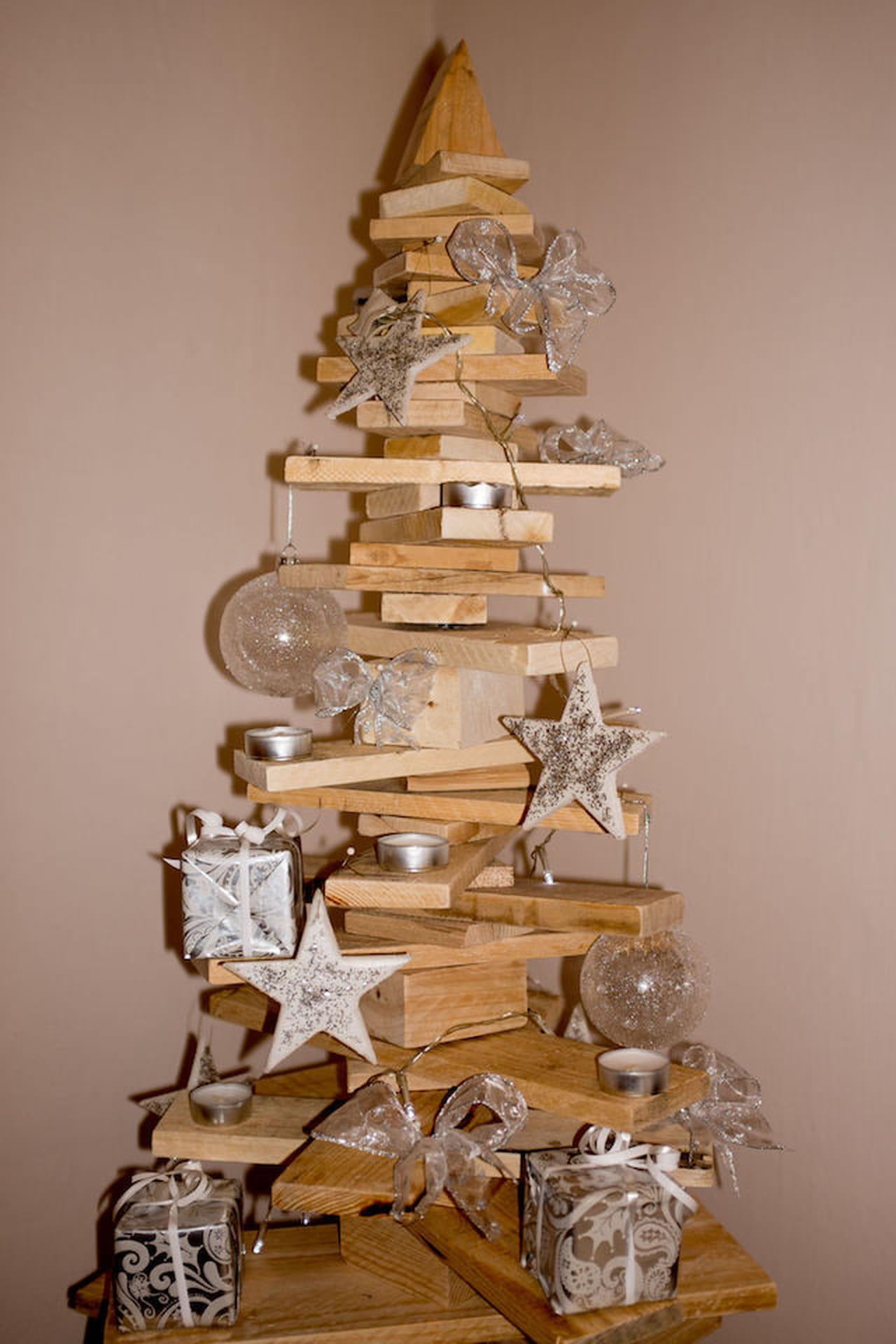 Decorazioni natalizie fai da te magazine delle donne for Decorazioni oggetti fai da te
