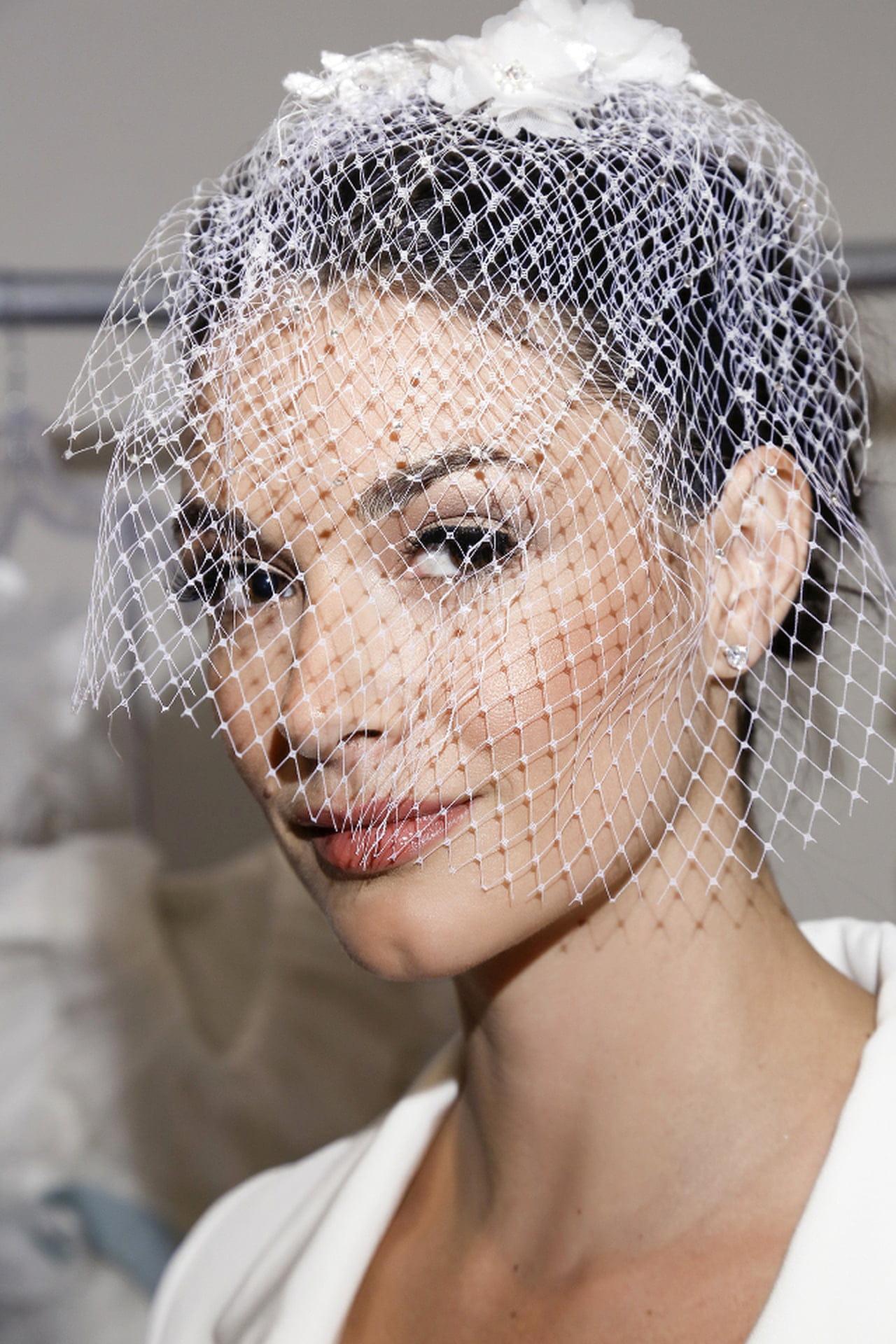 Trecce a spiga e accessori per la sposa - Magazine delle donne