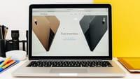 MacBook Pro 2016 avrà Touch Bar OLED?