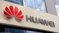 Huawei display full screen sfida Samsung