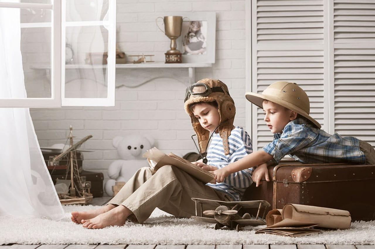 Quando Inizia A Gattonare Neonato la socializzazione dei bambini età per età - magazine delle
