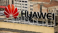 Huawei P20 Pro tripla fotocamera e notch