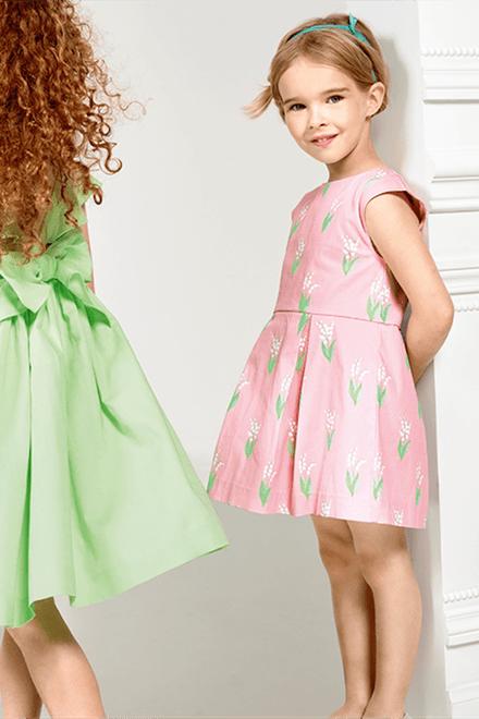 Abito stampa mughetto Jacadi. L abito rosa da bambina di Jacadi è ... e5565c48840