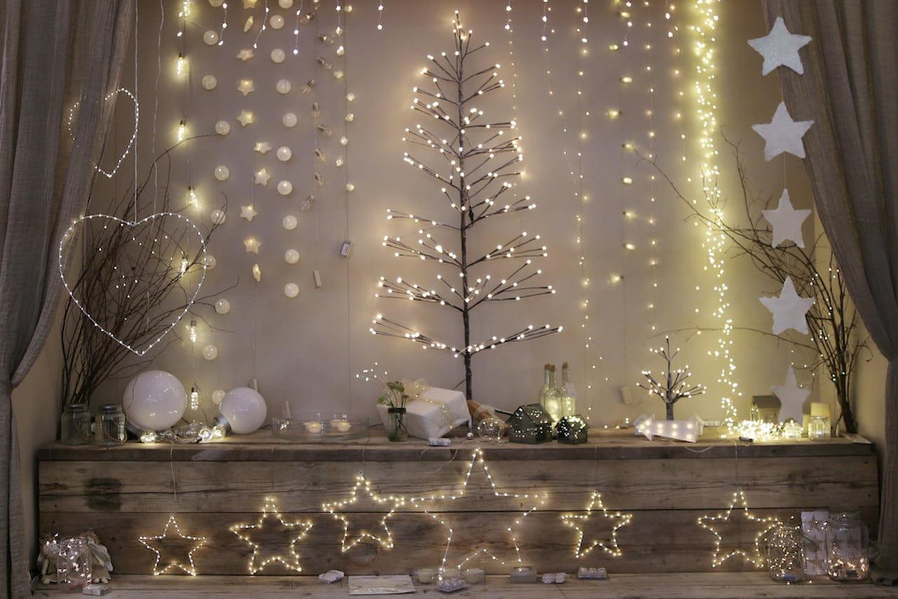 Decorazioni natalizie addobbi per la casa e la tavola for Decorazioni da appendere al soffitto