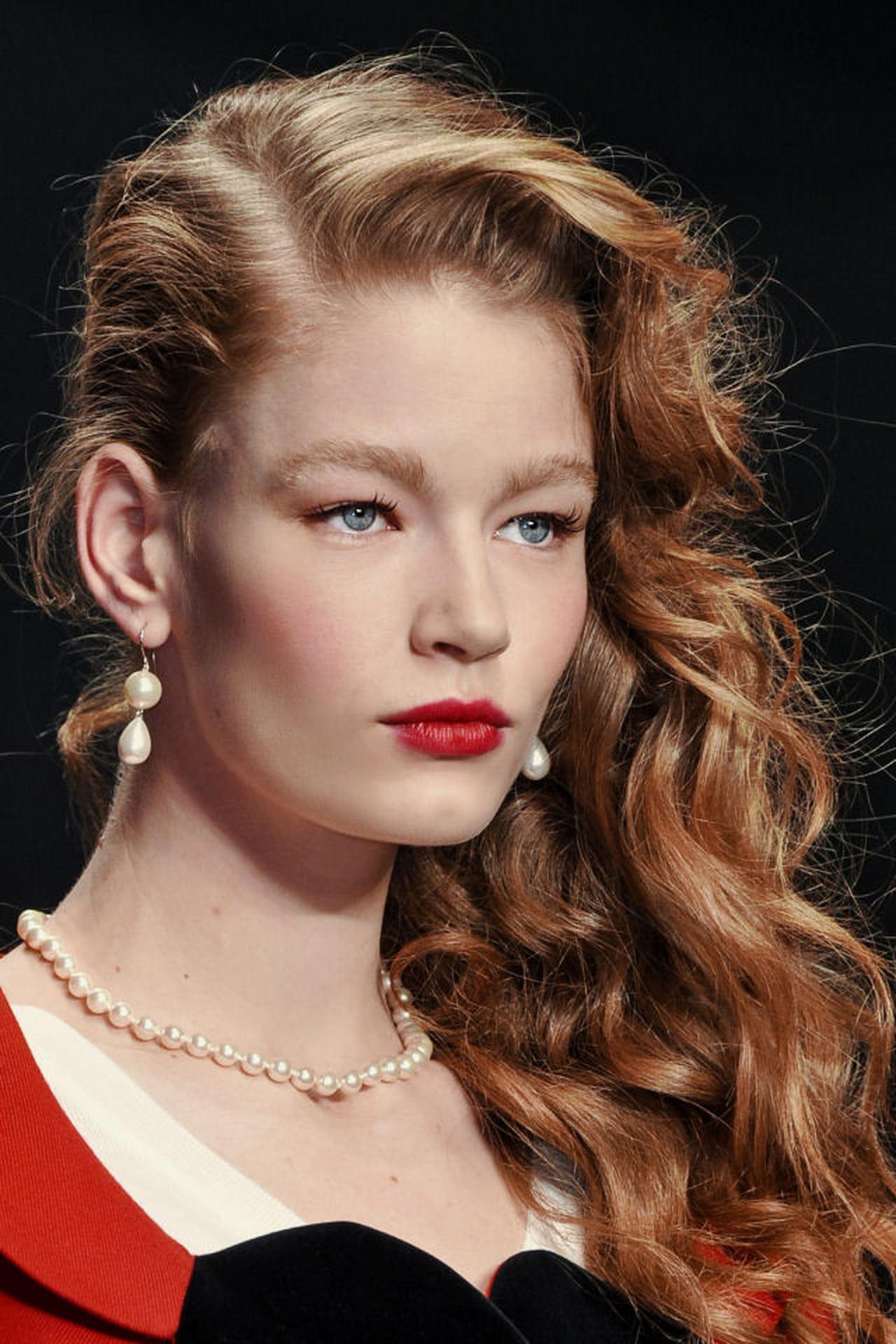 Acconciature capelli ricci: come domarli in modo glamour ...