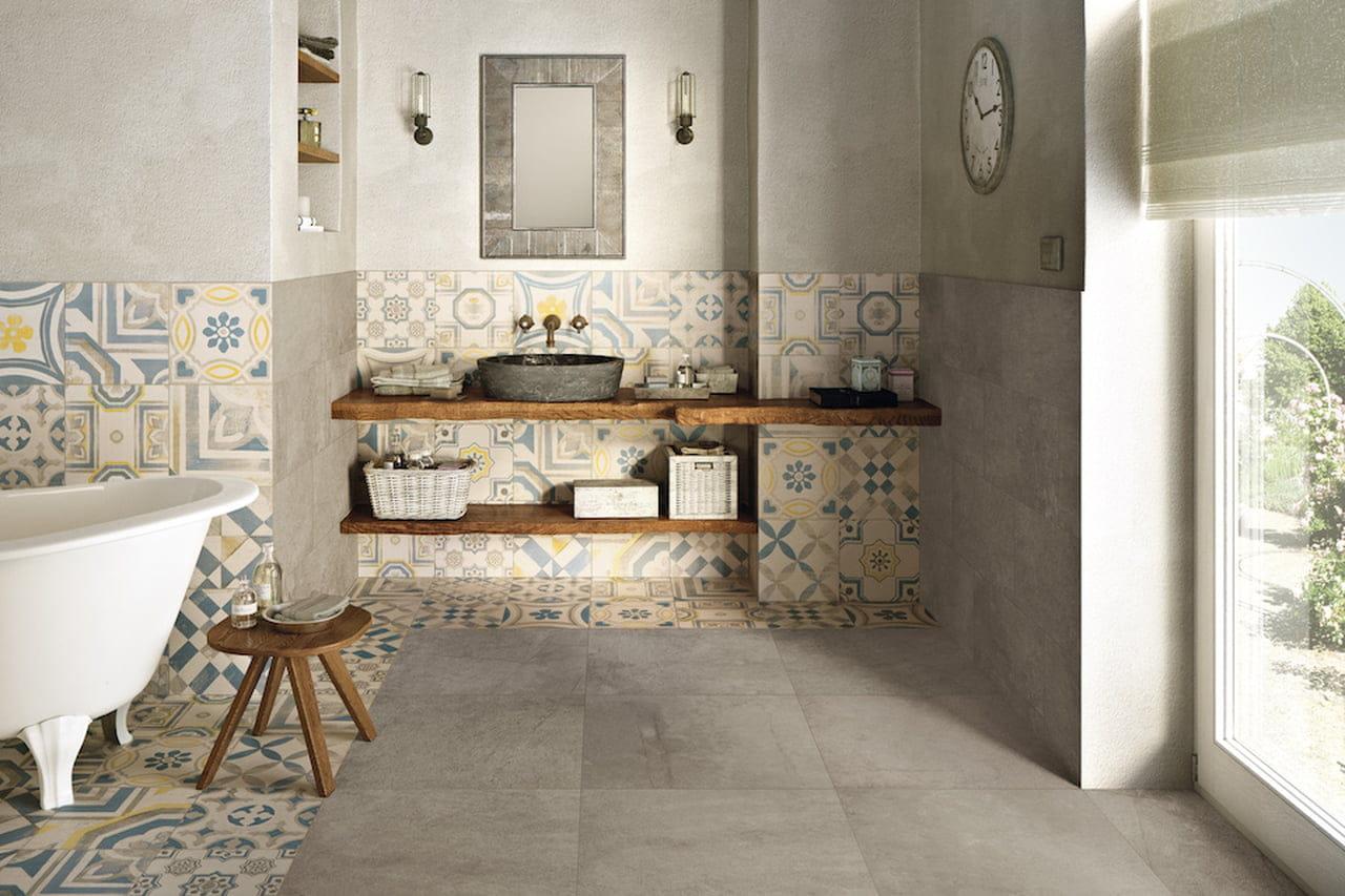Rivestimento Bagno Con Maioliche mattonelle bagno: rivestimenti 3d, d'autore o retrò